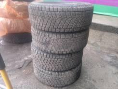Bridgestone Blizzak LM-18. Зимние, без шипов, износ: 10%, 4 шт