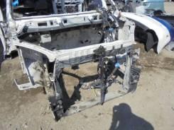 Рамка радиатора. Toyota Voxy, AZR65 Двигатель 1AZFSE