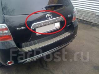 Накладка на дверь багажника. Toyota Highlander, GSU45, MHU48, GSU40, ASU40 Двигатели: 2GRFE, 3MZFE, 1ARFE