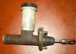 Цилиндр сцепления главный. ГАЗ 31105 Волга