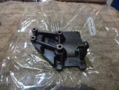 Крепление компрессора кондиционера. Mazda Persona Mazda Bongo Mazda Capella Двигатель F8