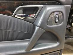 Кнопка стеклоподъемника. Mercedes-Benz E-Class, W210