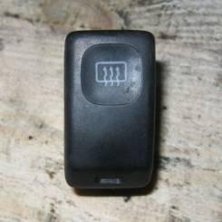 Кнопка включения обогрева. Volkswagen