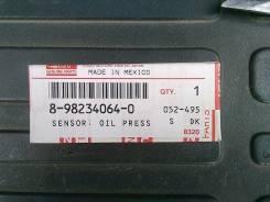 Датчик давления масла. Isuzu Bighorn, UBS73GW, UBS73DW, UES73FW Isuzu Wizard, UES73FW Двигатели: 4JX1, 4JX1 DD. Под заказ