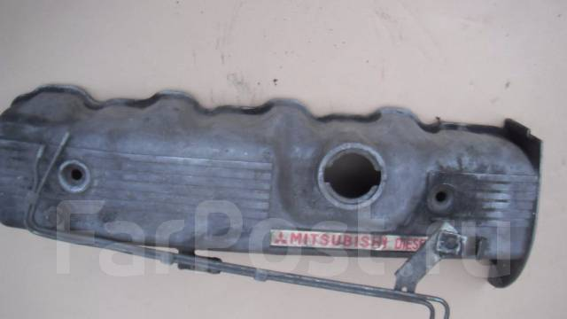Крышка головки блока цилиндров. Mitsubishi Pajero, V44WG Двигатель 4D56