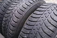 Bridgestone Ice Cruiser 5000. Зимние, шипованные, 2013 год, износ: 40%, 2 шт