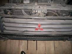 Решетка радиатора. Mitsubishi Pajero, V26C, V26WG, V26W