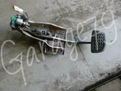 Педаль тормоза. Toyota Crown, JZS171, JZS171W Двигатель 1JZFSE