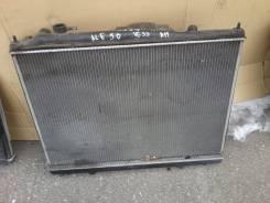 Радиатор охлаждения двигателя. Nissan Elgrand, ALE50 Двигатель VG33E