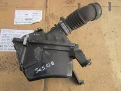Корпус воздушного фильтра. Subaru Forester, SG5
