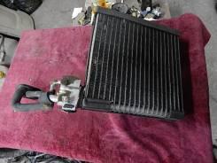 Радиатор кондиционера. Toyota Avensis Verso