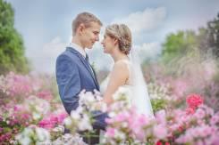 Ваш идеальный фотограф на свадьбу.