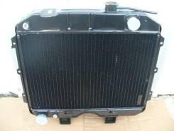Радиатор охлаждения двигателя. УАЗ Буханка УАЗ Хантер УАЗ 469