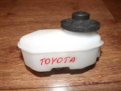 Бачок для тормозной жидкости. Toyota: MR2, Vista, Corolla, Sprinter Marino, Sprinter, Corolla Levin, Sprinter Carib, Sprinter Trueno, Corolla Ceres, C...