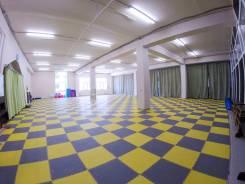 Спортивные залы. Улица Толстого 32а, р-н Толстого (Буссе), 300 кв.м., цена указана за все помещение в месяц. Интерьер