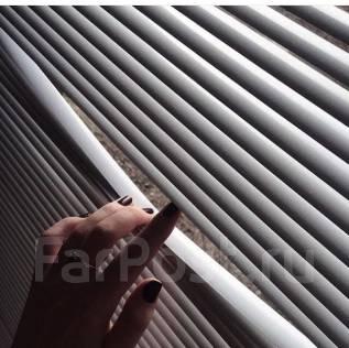 Горизонтальные жалюзи на балкон из 6 окон под ключ ( 8300р )