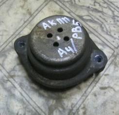 Подушка коробки передач. Volkswagen Passat Audi A4, B5