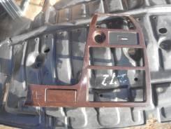 Консоль центральная. Toyota Mark II, GX105, JZX101, GX100, JZX105, JZX100