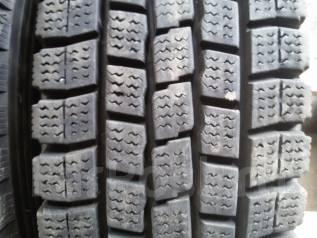 Dunlop SP LT 2. Всесезонные, 2010 год, износ: 10%, 2 шт