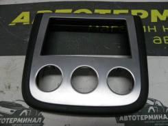 Накладка в торпедо центральная Nissan Murano PZ50 VQ35DE