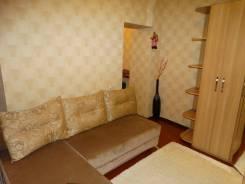1-комнатная, улица Вострецова 10. Столетие, 40 кв.м. Комната