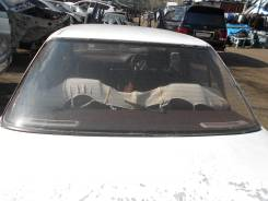 Стекло заднее. Mazda Familia, BG5P