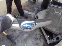 Молдинг решетки радиатора. Subaru