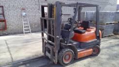 Toyota. Вилочный погрузчик, 2 000 куб. см., 1 750 кг.