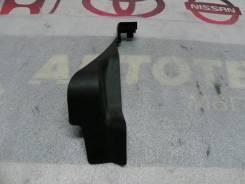 Накладка спинкии задней правая Nissan Murano