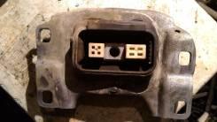 Подушка коробки передач. Ford Focus
