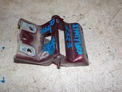 Петля двери багажника правая Dodge Caravan 2001-2008