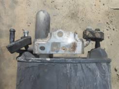 Крепление глушителя. Toyota Camry, ACV40 Двигатель 2AZFE