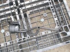 Бачок гидроусилителя руля. Nissan Elgrand, AVE50
