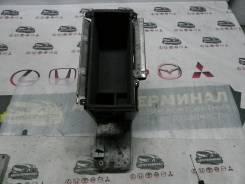 Бардачок подлокотника Nissan Murano PNZ50 VQ35DE