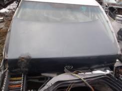 Крышка багажника. Toyota Crown, GS141