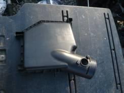 Крышка корпуса воздушного фильтра. Toyota Crown, GRS200 Двигатель 4GRFSE
