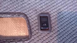 Кнопка стеклоподъемника. Mitsubishi Chariot, N48W, N43W, N33W, N38W Двигатель 4G63