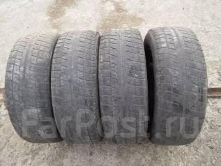 Bridgestone Blizzak Revo2. Зимние, без шипов, 2006 год, износ: 80%, 4 шт