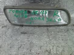Фара противотуманная. Toyota Town Ace Noah, SR50G Двигатель 3SFE