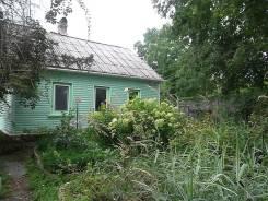 Продам дом с большим участком в п. Тавричанка. Улица Водопроводная, р-н п Тавричанка, площадь дома 40кв.м., централизованный водопровод, электричест...