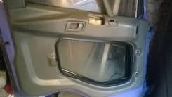 Обшивка двери. Mitsubishi Fuso