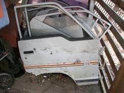 Дверь передняя правая Toyota Hiace 87г