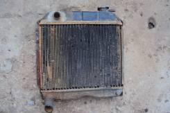 Радиатор охлаждения двигателя. Москвич Москвич