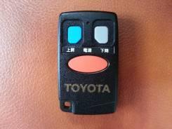 Брелок-пульт управления лифтом Toyota Porte NNP10, NNP11.