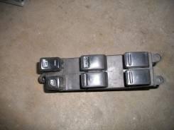Кнопка стеклоподъемника. Nissan X-Trail, T30