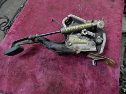 Педаль ручника. Toyota Vista, SV40, SV41, SV42, SV43