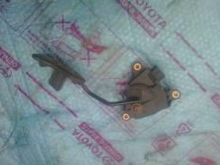 Педаль акселератора. Nissan Tiida Latio, SNC11, SZC11, SC11, SJC11
