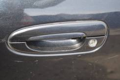 Ручка двери внешняя. Mazda Capella, GWEW, GWFW, GW8W, GWER, GW5R Mazda Capella Wagon, GW5R, GW8W, GWER, GWEW, GWFW Двигатели: FPDE, FSDE, FSZE, KLZE...