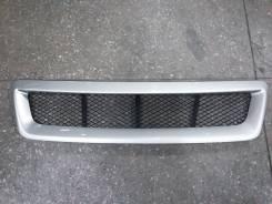 Решетка радиатора. Toyota Ipsum, ACM21
