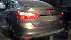 Задняя часть автомобиля. Ford Focus, CB8